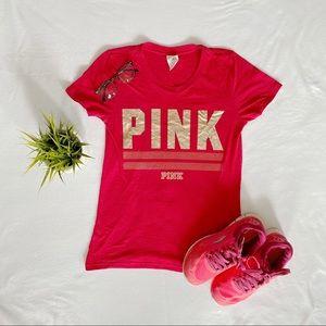 ❌ SOLD ❌ victoria secret Red & Gold shirt rn 5486